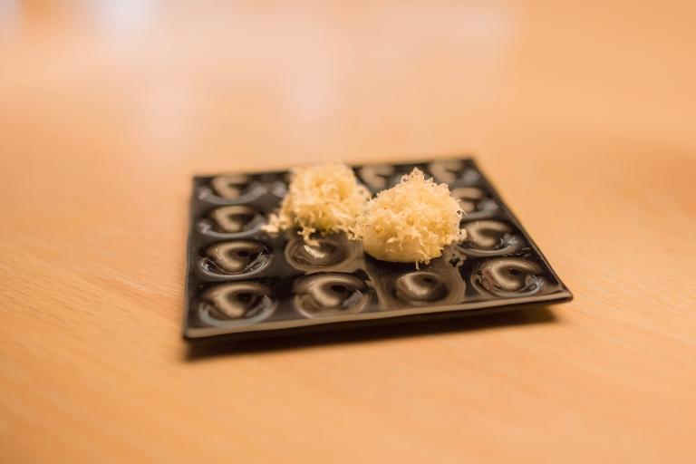 minibar-20a-bonne-bouche-cheese-puff