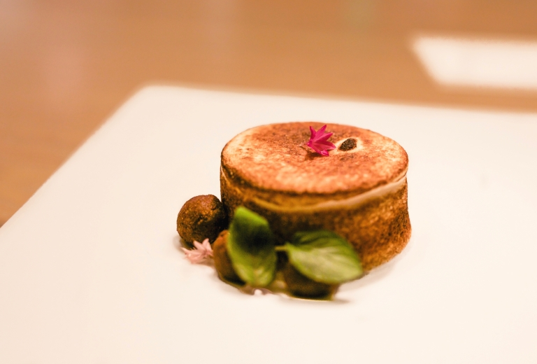 minibar-22b-chocolate-mint-souffle